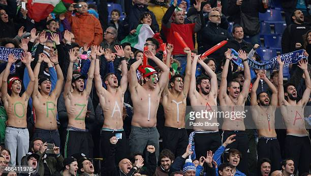 Italy fans react during the RBS Six Nations match between Italy and France at Stadio Olimpico on March 15 2015 in Rome Italy