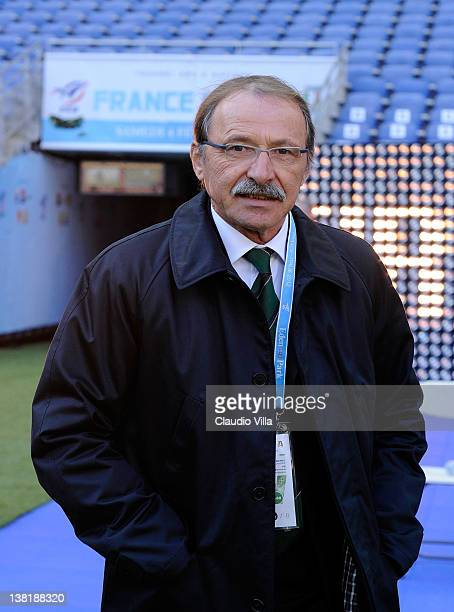 Italy head coach Jacques Brunel looks on before the RBS Six Nations match between France and Italy at Stade de France on February 4 2012 in Paris...