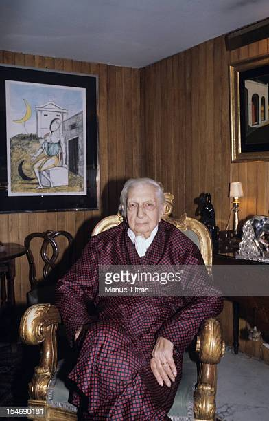 Italy in August 1978 the painter Giorgio DE CHIRICO his home in his apartment on the Spanish Steps in Rome sitting in an armchair in his dressing...