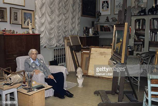 Italy in August 1978 the painter Giorgio DE CHIRICO his home in the workshop of the Spanish Steps Rome above the apartment where he lived for 20...