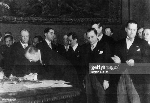 Italy Lazio 1870/186170 Stato Pontifico / Papal State Roma Rome AntiComintern Pact German envoy Joachim von Ribbentrop is signing the protocol of...
