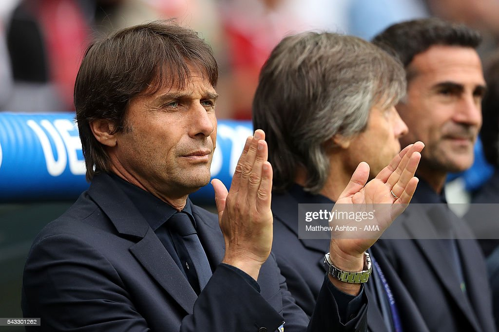 Italy Manager / Head Coach <a gi-track='captionPersonalityLinkClicked' href=/galleries/search?phrase=Antonio+Conte&family=editorial&specificpeople=2379002 ng-click='$event.stopPropagation()'>Antonio Conte</a> applauds prior to the UEFA Euro 2016 Round of 16 match between Italy and Spain at Stade de France on June 27, 2016 in Paris, France.