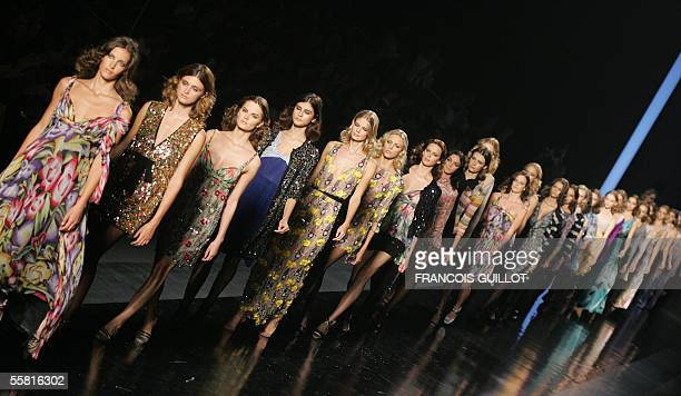 Models present creations of Missoni during the Spring/Summer 2006 women's collections 28 September 2005 in Milan AFP PHOTO / FRANCOIS GUILLOT