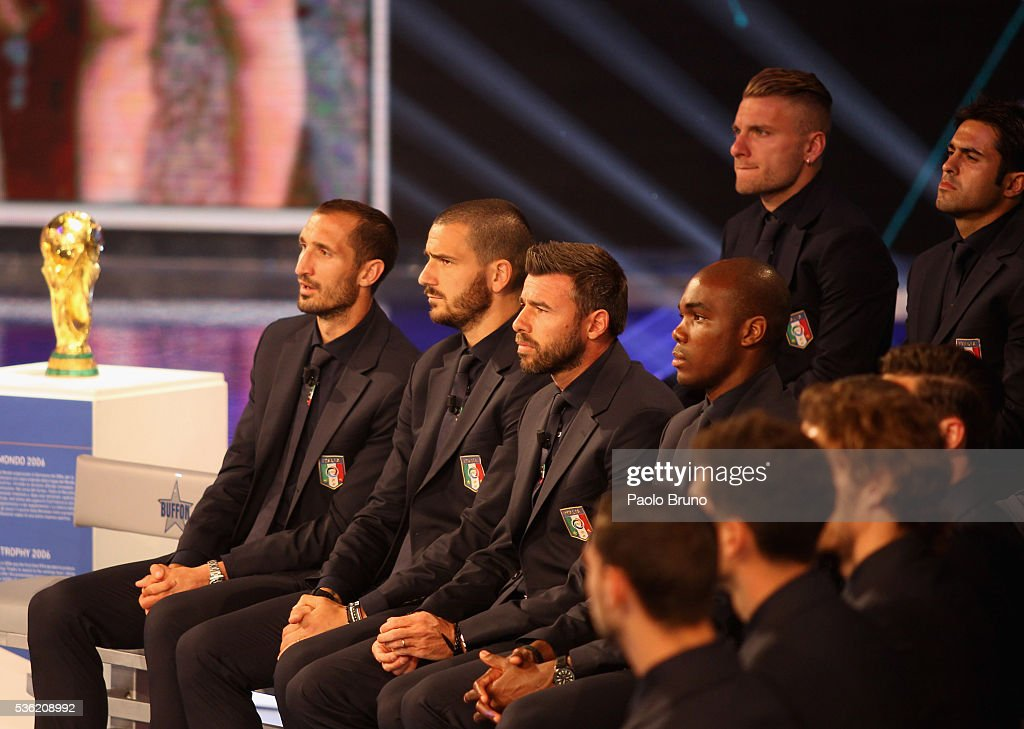 Italy player <a gi-track='captionPersonalityLinkClicked' href=/galleries/search?phrase=Giorgio+Chiellini&family=editorial&specificpeople=605793 ng-click='$event.stopPropagation()'>Giorgio Chiellini</a> (L) with his teammates attend the 'Sogno Azzurro' TV programme at Auditorium del Foro Italico on May 31, 2016 in Rome, Italy.