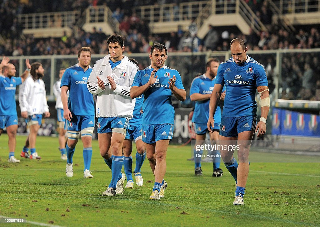 Italy players applaud the fans after the international rugby test match between Italy and Australia at Artemio Franchi on November 24, 2012 in Florence, Italy.