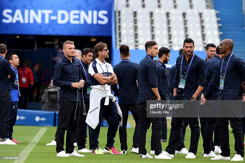 Italy players attend a pitch walkabout at Stade de France on June 26, 2016 in Paris, France.