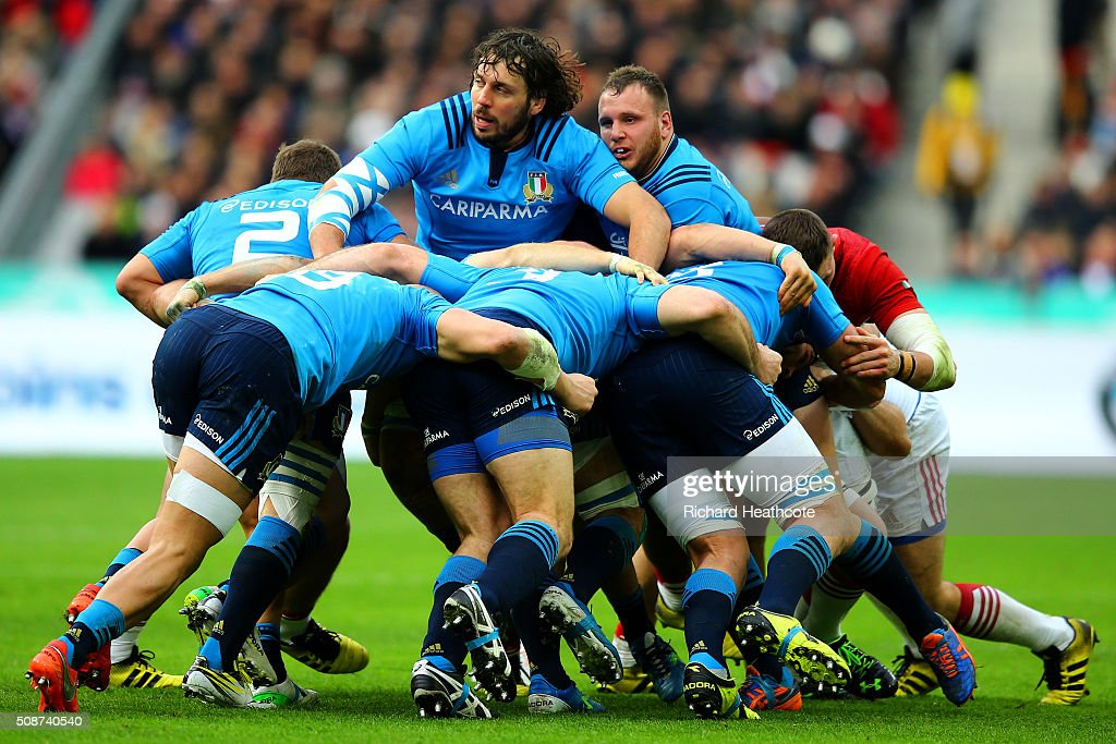 Italy players compete in a maul during the RBS Six Nations match between France and Italy at Stade de France on February 6, 2016 in Paris, France.