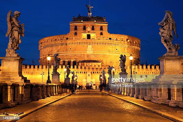 Italy, Rome, Castel Sant'Angelo in early morning