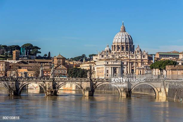Italy, Rome, St. Peter's Basilica seen from Ponte Sant'Angelo