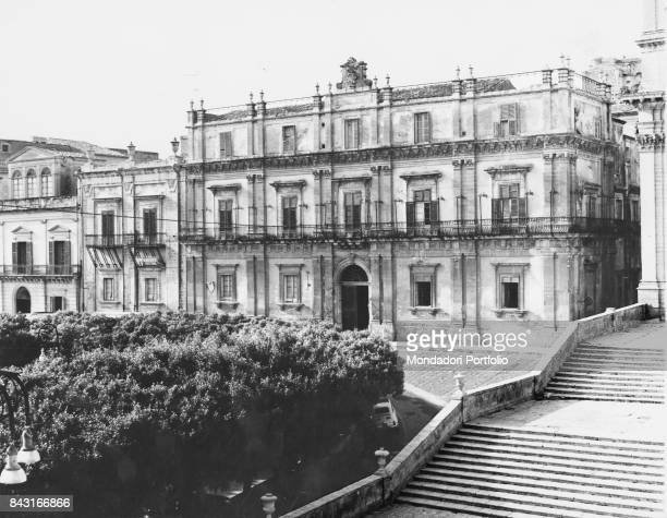 Italy Sicily Noto Landolina Palace Whole artwork view The Palace built by the order of Francesco Landolina di Sant'Alfano The facade is made of three...