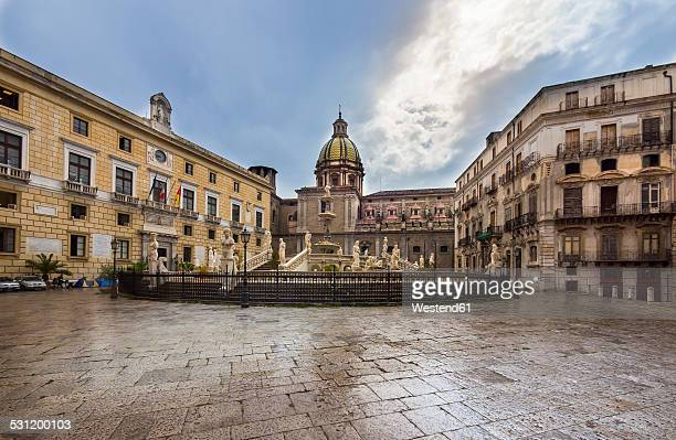 Italy, Sicily, Province of Palermo, Palermo, Piazza Pretoria, Fountain Fontana della Vergogna and Church San Giuseppe dei Teatini in the background