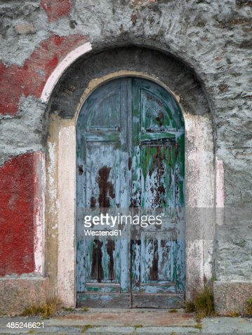 Italy, South Tyrol, Vinschgau, Old door of a building at Stelvio Pass