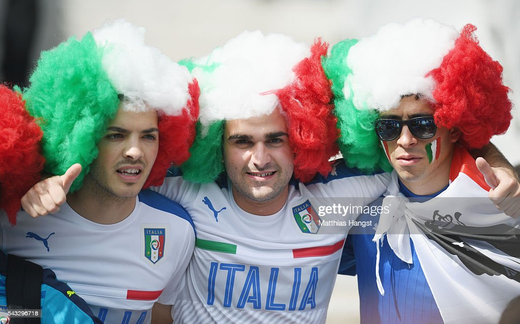Italy supporters enjoy the atmosphere prior to the UEFA EURO 2016 round of 16 match between Italy and Spain at Stade de France on June 27, 2016 in Paris, France.