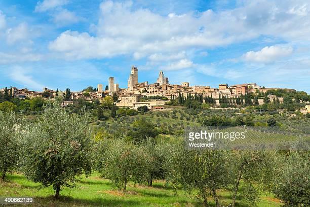 Italy, Tuscany, San Gimignano, view to city