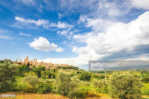 Italy, Tuscany, View to San Gimignano