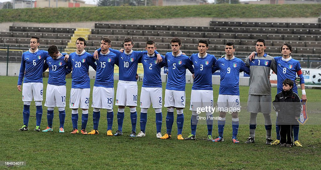 Italy U15 players pose for a team photograph prior to the International U15 Tournament match between U15 Germany and U15 Italy at Stadio Tognon on March 24, 2013 in Fontanafredda, Italy.