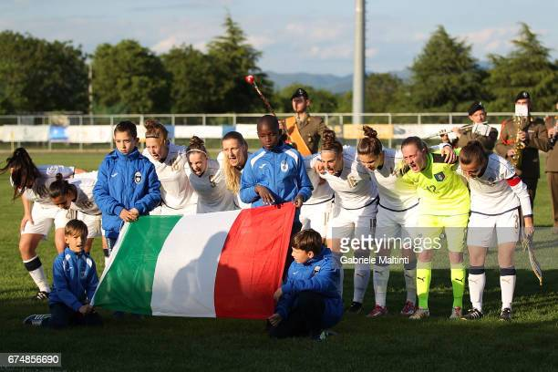 Italy U16 team are seen during the 2nd Female Tournament 'Delle Nazioni' final match between Italy U16 and USA U16 on April 29 2017 in Gradisca...