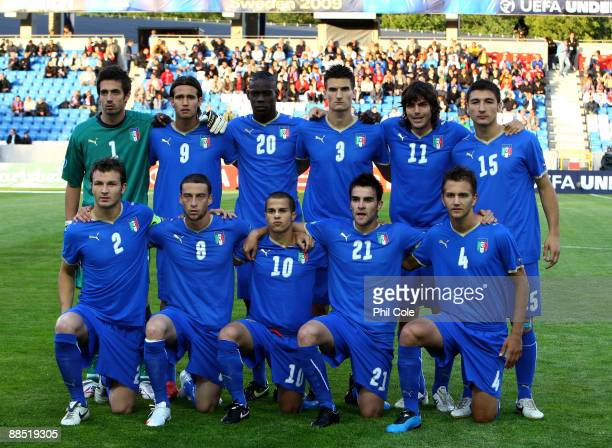 Italy U21 players line up for a team photo before the UEFA European U21 Championships match between Italy and Serbia at the Olympia Stadium on June...