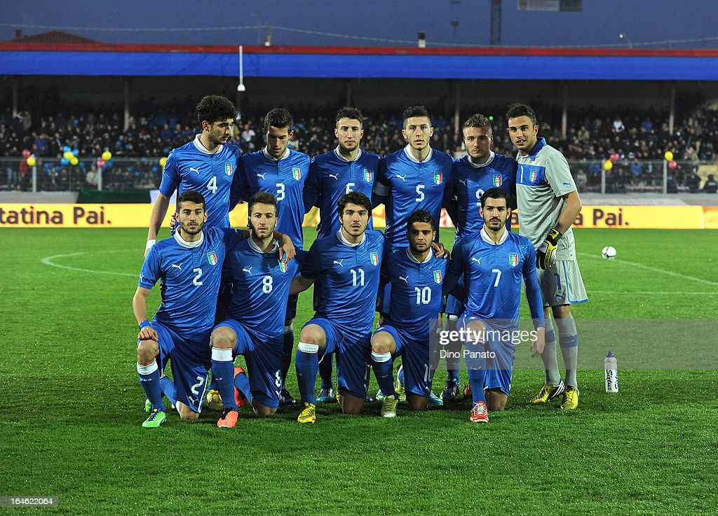 Italy U21 players pose for a team photo prior to during the international friendly match between Italy U21 and Ukraine U21 at Stadio Rino Mercante on March 25, 2013 in Bassano del Grappa, Italy.