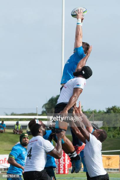 Italy wins a lineout ball during their international rugby test match in Suva on June 17 2017 Fiji conjured a dramatic drop goal after the fulltime...