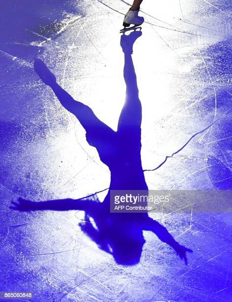 Italy's Carolina Costner performs during the galaexhibition at the ISU Grand Prix Rostelecom Cup in Moscow on October 22 2017 / AFP PHOTO / Yuri...