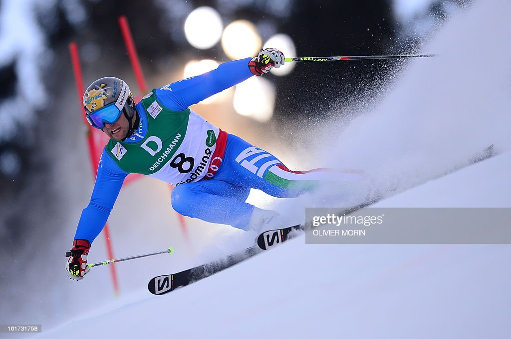Italy's Davide Simoncelli skis during the first run of the men's Giant slalom at the 2013 Ski World Championships in Schladming, Austria on February 15, 2013.