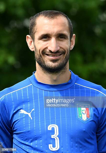 Italy's defender Giorgio Chiellini poses during the official picture of Italy's national football team for the upcoming Euro 2016 European football...