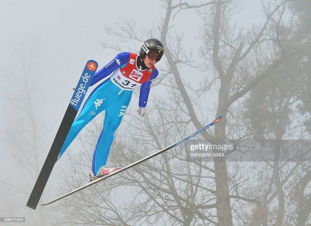 Italy's Evelyn Insam jumps during the qualifying round of the women's ski jumping world cup in Hinzenbach, Upper Austria, on February 6, 2016. / AFP / APA / BARBARA GINDL / Austria OUT