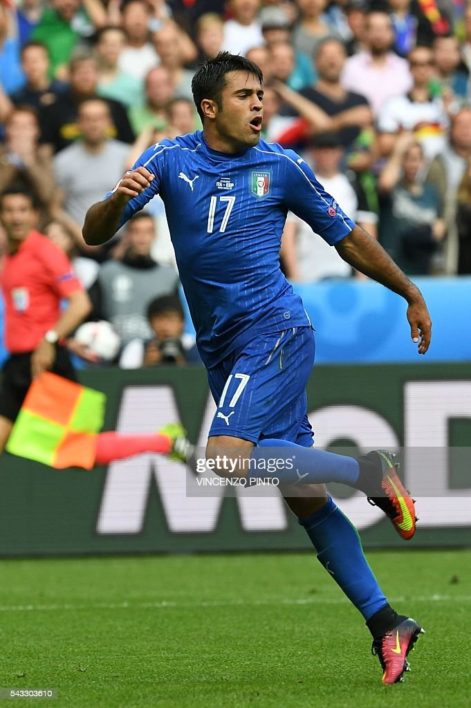 Italy's forward Citadin Martins Eder reacts during the during the Euro 2016 round of 16 football match between Italy and Spain at the Stade de France stadium in Saint-Denis, near Paris, on June 27, 2016. / AFP / VINCENZO