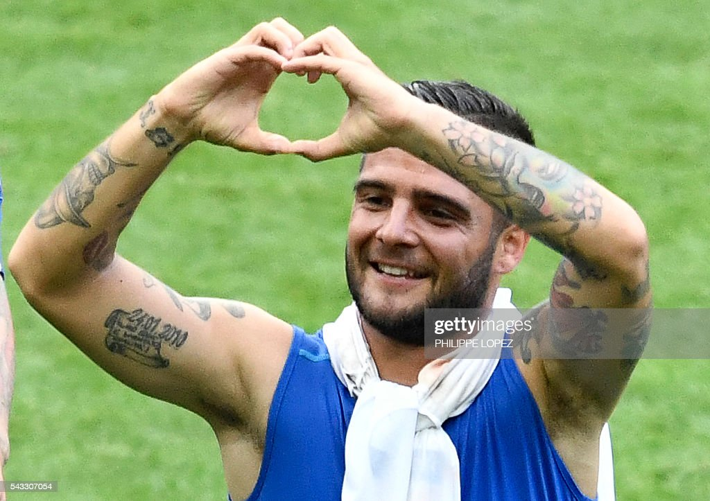 Italy's forward Lorenzo Insigne gestures at the end of the Euro 2016 round of 16 football match between Italy and Spain at the Stade de France stadium in Saint-Denis, near Paris, on June 27, 2016. / AFP / PHILIPPE