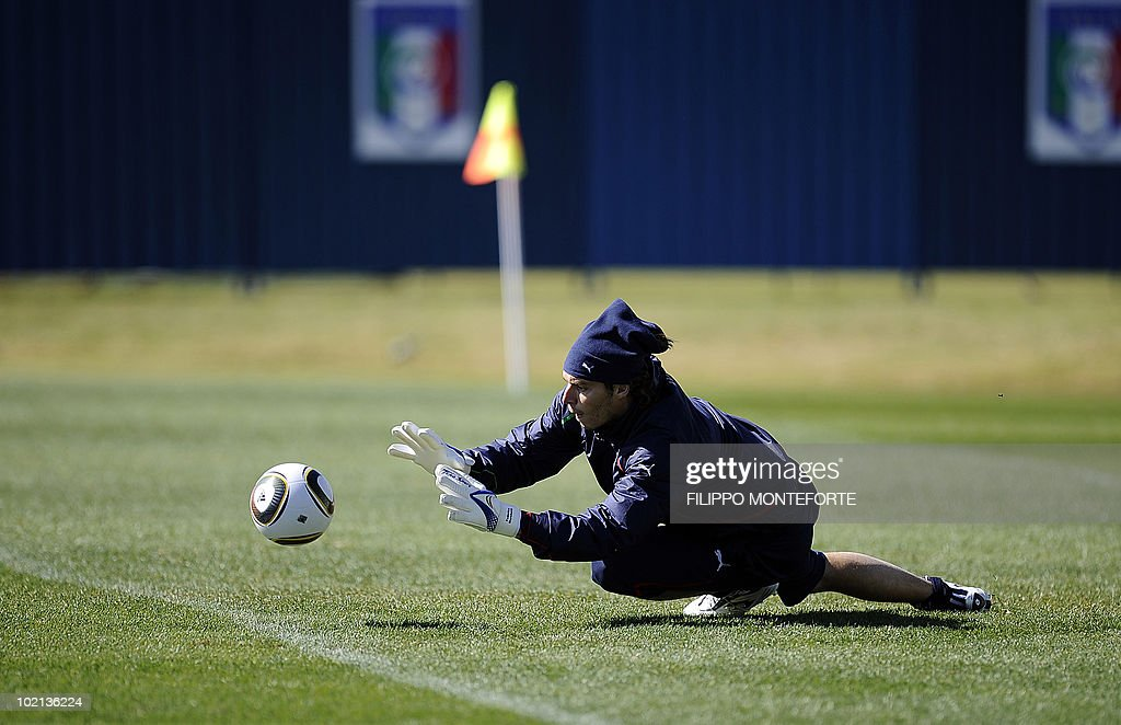 Italy's goalkeeper Gianluigi Buffon drills during a training session at Irene's Southdowns College, south of Pretoria on June 16, 2010. Coach Marcello Lippi was calm and confident on June 15 despite reigning champions Italy's failure to win their opening match of the 2010 Football World Cup.