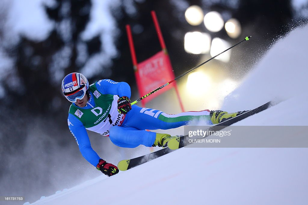 Italy's Manfred Moelgg skis during the first run of the men's Giant slalom at the 2013 Ski World Championships in Schladming, Austria on February 15, 2013.
