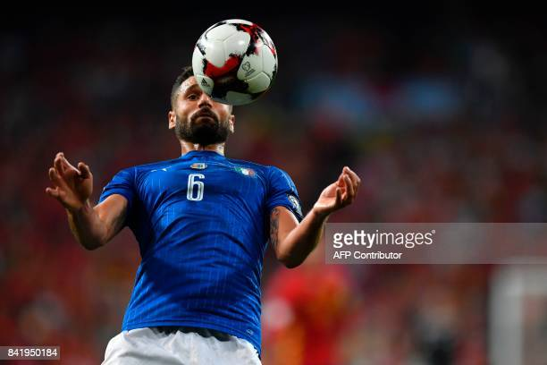Italy's midfielder Antonio Candreva controls the ball during the World Cup 2018 qualifier football match Spain vs Italy at the Santiago Bernabeu...