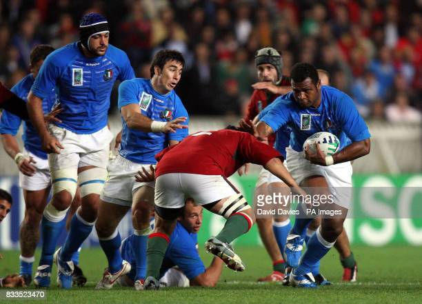 Italy's Sergio Parisse during the Rugby World Cup Group C match at the Parc des Princes Paris France Picture date Wednesday September 19 2007 Photo...