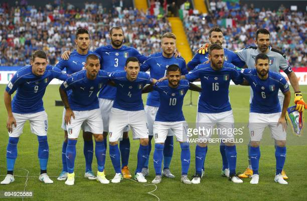 Italy's team pose prior to the FIFA World Cup 2018 qualification football match between Italy and Liechtenstein at the Dacia Arena Stadium in Udine...