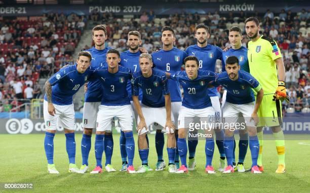 Italy's U21 team poses before the UEFA U21 European Championship Group C football match Italy v Germany in Krakow Poland on June 24 2017