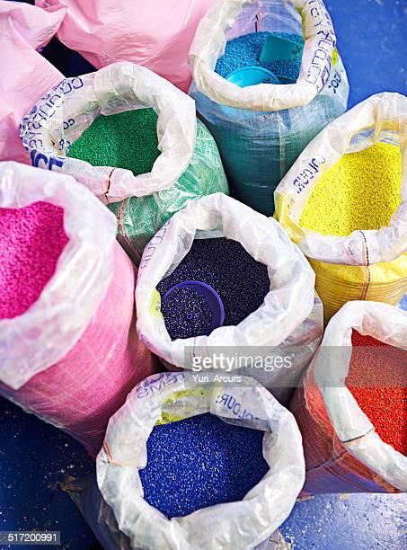 Es ist ein Kunststoff Regenbogen Farbe!