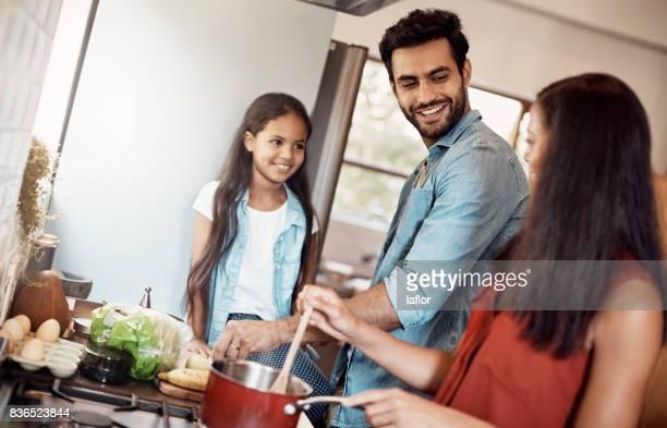 Es ist besser, wenn sie zusammen kochen
