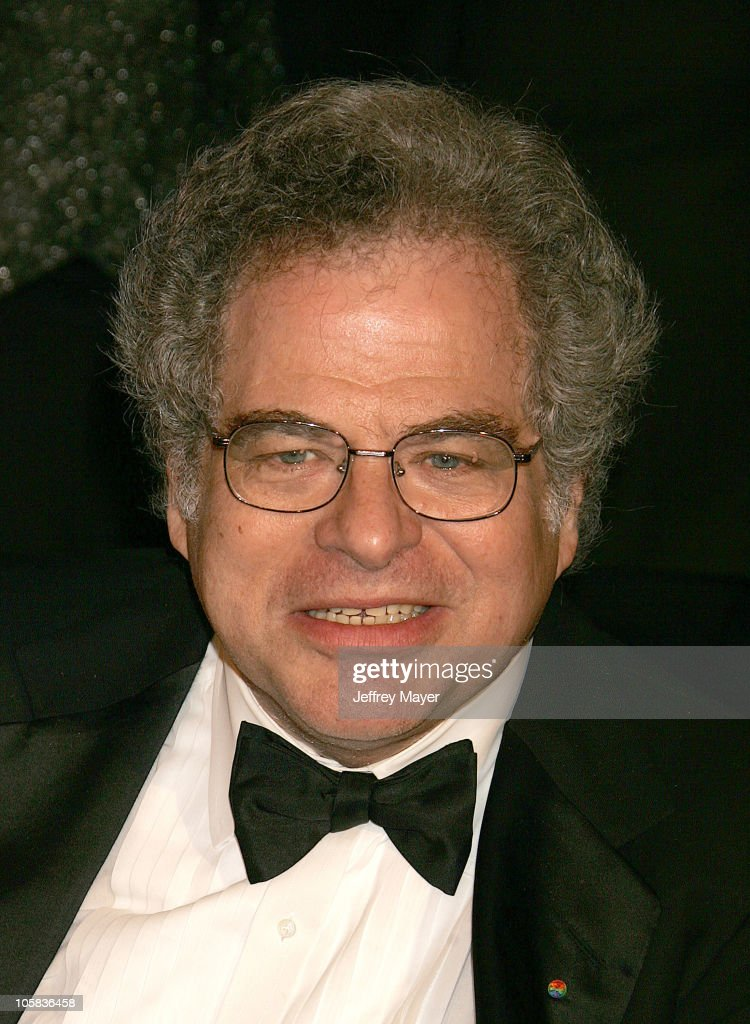 Itzhak Perlman during 2006 Vanity Fair Oscar Party Hosted by Graydon Carter Arrivals at Morton's in West Hollywood California United States