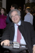 Itzhak Perlman during Opening Night of the 2007 Winter Antiques Show to Benefit the East Side House Settlement January 18 2007 at The Armory in New...