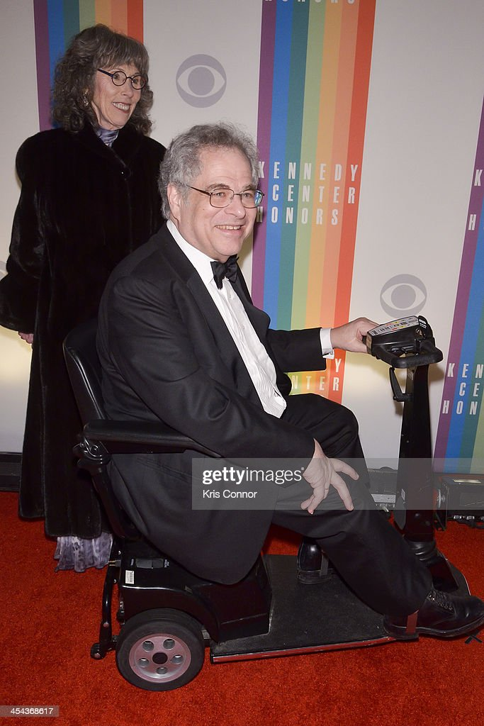<a gi-track='captionPersonalityLinkClicked' href=/galleries/search?phrase=Itzhak+Perlman&family=editorial&specificpeople=593397 ng-click='$event.stopPropagation()'>Itzhak Perlman</a> poses on the red carpet during the The 36th Kennedy Center Honors gala at the Kennedy Center on December 8, 2013 in Washington, DC.