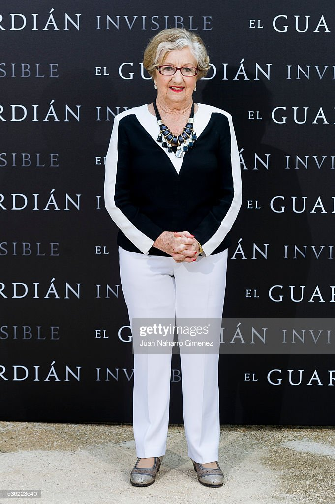 Itziar Aizpuru attends 'EL Guardian Invisible' photocall on May 31, 2016 in Madrid, Spain.