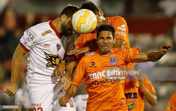 Ivan Borghello of Huracan heads the ball during a match between Huracan and Universitario Sucre as part of Group 3 of Copa Bridegestone Libertadores...