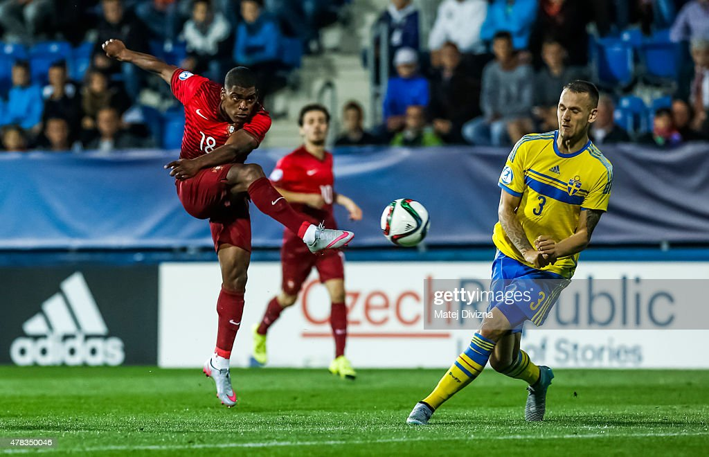 Ivan Cavaleiro (L) of Portugal in action during UEFA U21 European Championship Group B match between Portugal and Sweden at Mestsky Fotbalovy Stadium on June 24, 2015 in Uherske Hradiste, Czech Republic.