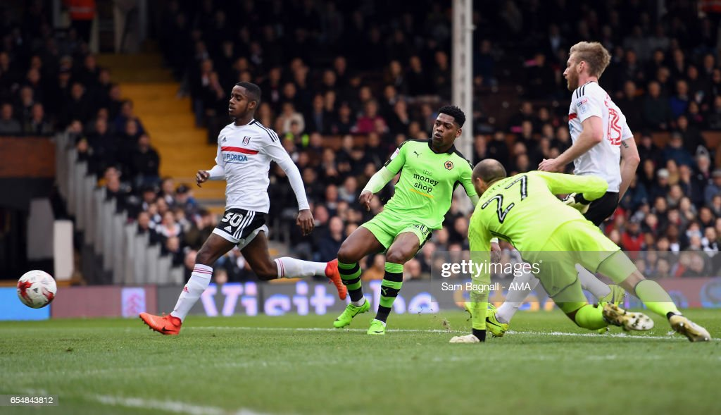 Ivan Cavaleiro of Wolverhampton Wanderers scores a goal to make it 0-1 during the Sky Bet Championship match between Fulham and Wolverhampton Wanderers at Craven Cottage on March 18, 2017 in London, England.