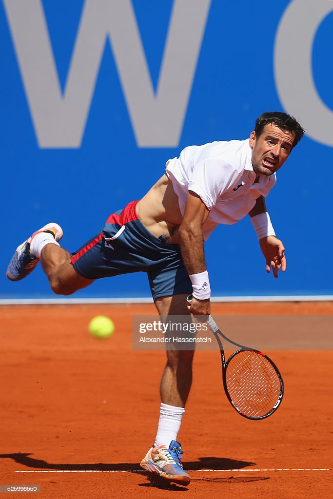 <a gi-track='captionPersonalityLinkClicked' href=/galleries/search?phrase=Ivan+Dodig&family=editorial&specificpeople=4888715 ng-click='$event.stopPropagation()'>Ivan Dodig</a> of Croatia serves during his quater final match against Dominic Thiem of Austria of the BMW Open at Iphitos tennis club on April 29, 2016 in Munich, Germany.
