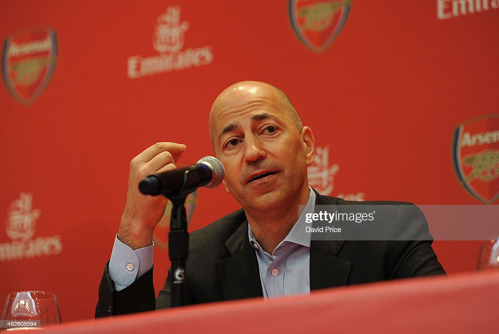 Arsenal Manager and CEO Attend Emirates Business Breakfast in New York : News Photo
