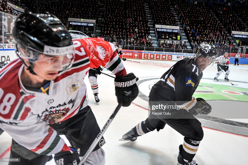 Ivan Huml #71 of Karpat Oulu and Johan Sundstrom #28 of Frolunda Gothenburg during the Champions Hockey League final between Karpat Oulu and Frolunda Gothenburg at Oulun Energia-Areena on February 9, 2016 in Oulu, Finland.