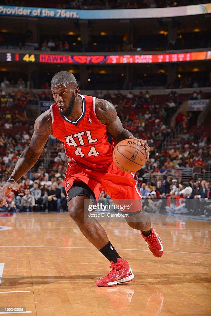 Ivan Johnson #44 of the Atlanta Hawks drives to the basket against the Philadelphia 76ers at the Wells Fargo Center on April 10, 2013 in Philadelphia, Pennsylvania.