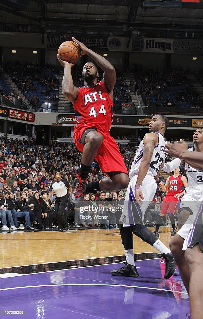 Ivan Johnson #44 of the Atlanta Hawks goes up for the shot against the Sacramento Kings on November 16, 2012 at Sleep Train Arena in Sacramento, California.
